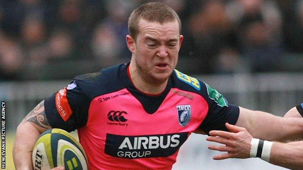 Owen Williams in action for Cardiff Blues against Bath