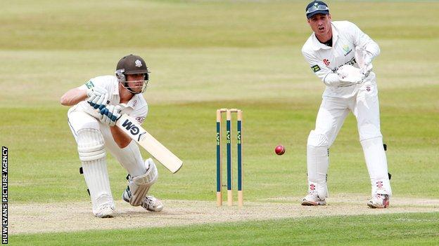 Zafar Ansari top-scored in Surrey's first innings against Glamorgan with 112