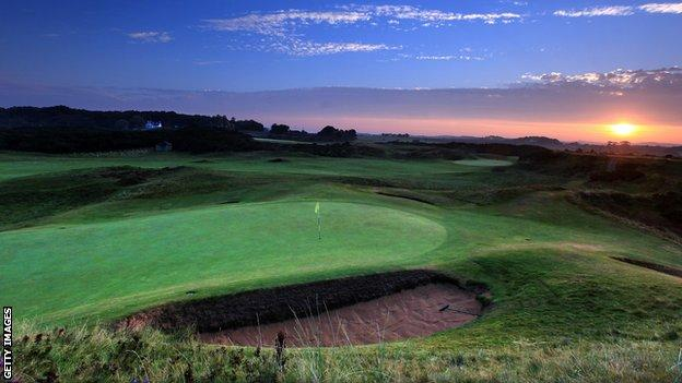 The flag of the eighth hole at Troon