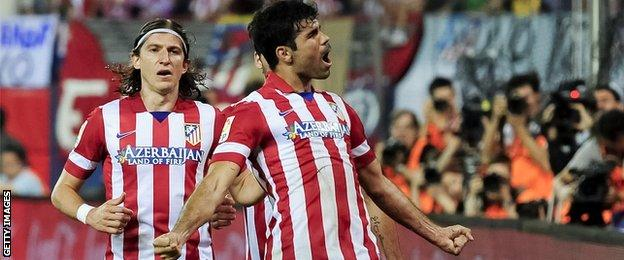 Filipe Luis to join Diego Costa at Chelsea