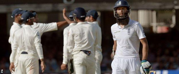 Moeen Ali put on 98 for the fifth wicket with Gary Ballance before being dismissed by part-time bowler Murali Vijay