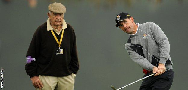 Bob Torrance keeps a keen eye on Padraig Harrington at the Ryder Cup in 2010