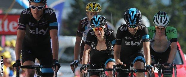 (l-r) Team Sky trio Geraint Thomas, Richie Porte and Mikel Nieve on stage 13