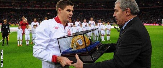 Steven Gerrard and Peter Shilton