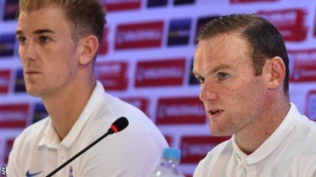 Joe Hart and Wayne Rooney
