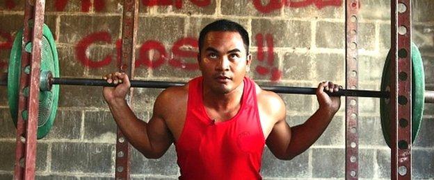 Nauru weightlifter Deamo Bagugo training at a gym on the island