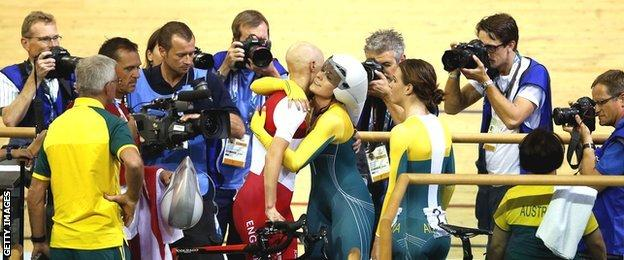 Joanna Rowsell and Annette Edmondson share an embrace following the individual pursuit final
