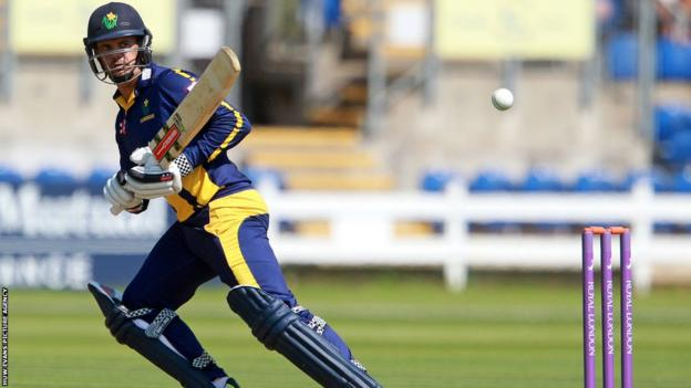 Jacques Rudolph contributed 61 runs in Glamorgan's seven-wicket One-Day Cup victory over Middlesex.