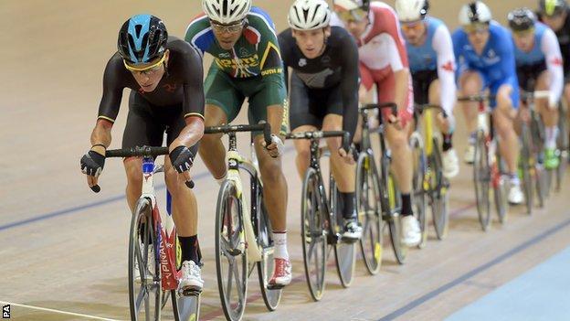 Peter Kennaugh in the men's scratch race