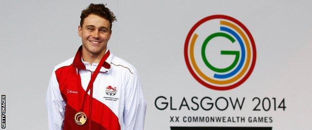 England's Ollie Hynd with his gold medal