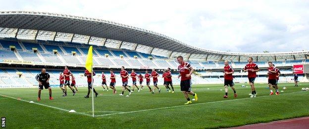 Aberdeen players training