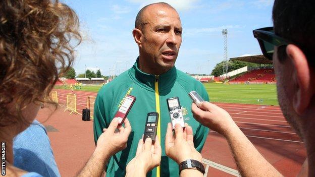 Eric Hollingsworth, Australian head coach