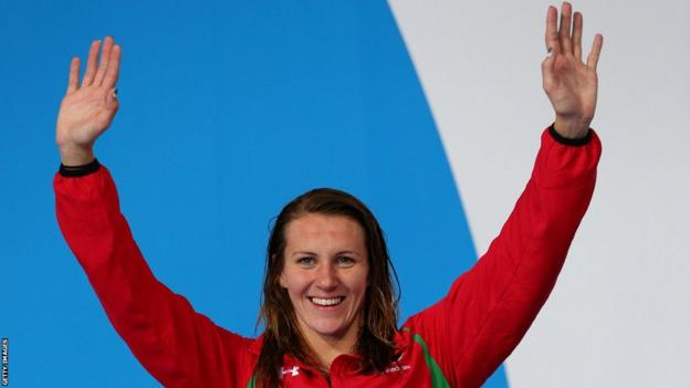 Jazz Carlin secured her second medal of the Games with silver in the 400m freestyle.
