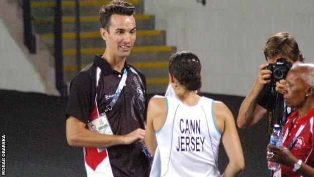 Nathan Robertson coaching Jersey