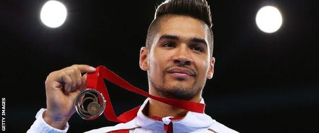 Louis Smith shows off his bronze medal