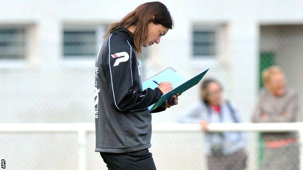 Clermont coach Corinne Diacre