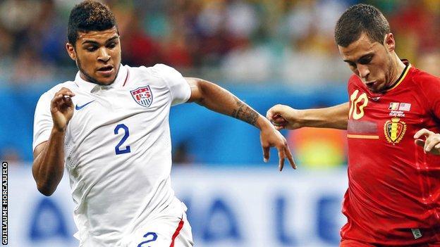 USA's DeAndre Yedlin (L) and Belgium's Eden Hazard