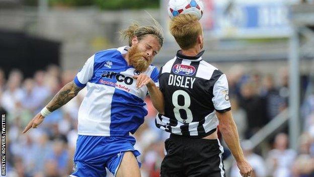 Stuart Sinclair goes up against Craig Disley