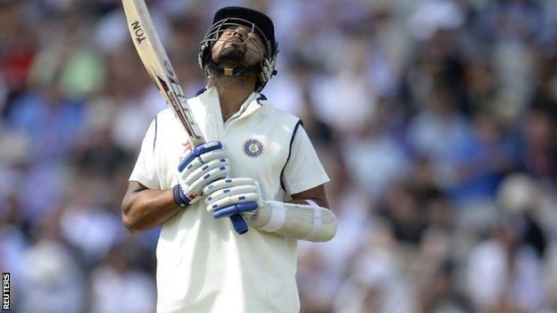 Murali Vijay looks to the heavens after being trapped lbw by Chris Woakes