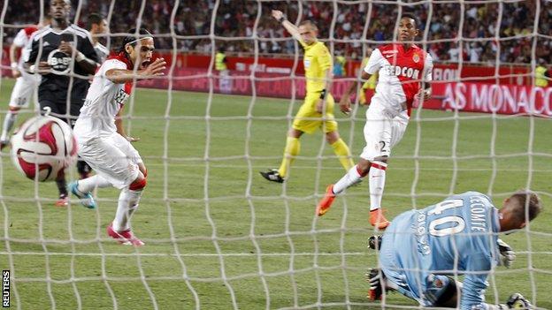 Radamel Falcao in action for Monaco