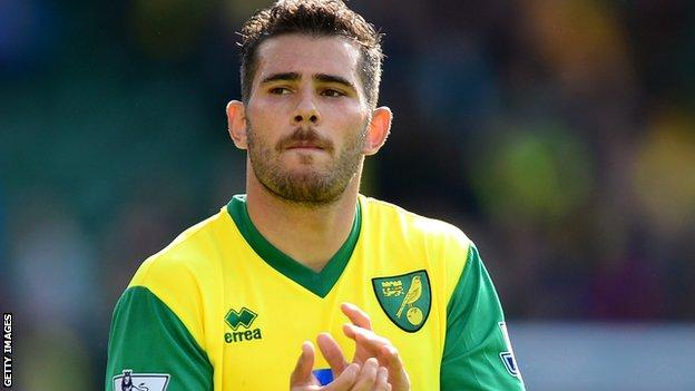 Norwich midfielder Bradley Johnson