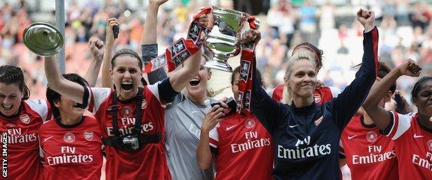 Kerr led Arsenal to FA Cup success last season