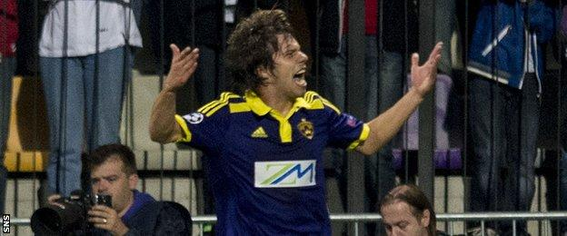 Damjan Bohar celebrates after scoring for NK Maribor against Celtic