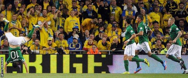 Robbie Keane will remain Ireland's captain