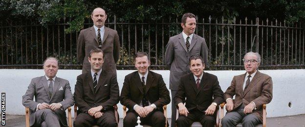 Lord Attenborough (left, bottom row) with his fellow Chelsea directors in 1970