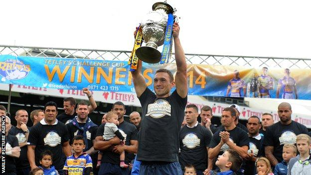 Leeds Rhinos ended a six-match losing streak in Challenge Cup finals