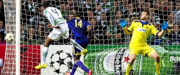 Efe Ambrose misses a chance for Celtic against NK Maribor
