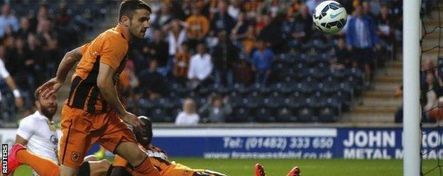 Robbie Brady scores for Hull against Lokeren