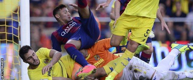 Neymar in action against Villarreal