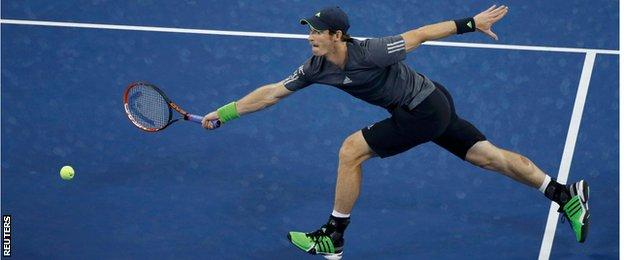 Andy Murray in action against Novak Djokovic in the US Open