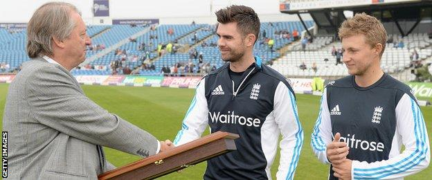 Before the game, James Anderson (left) and Joe Root (right) were presented with silver bats by ECB chairman Giles Clarke to honour their world record 10th-wicket partnership during the first Test against India earlier this summer