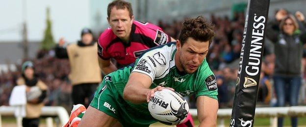 Danie Poolman scores Connacht's second try again the Dragons