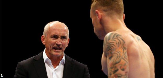 Barry McGuigan (left) and Carl Frampton