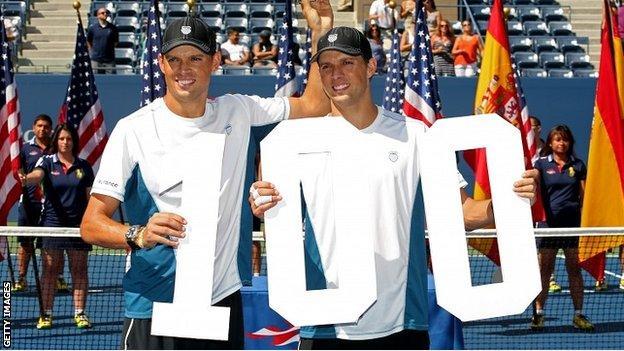 Mike Bryan and Bob Bryan of United States