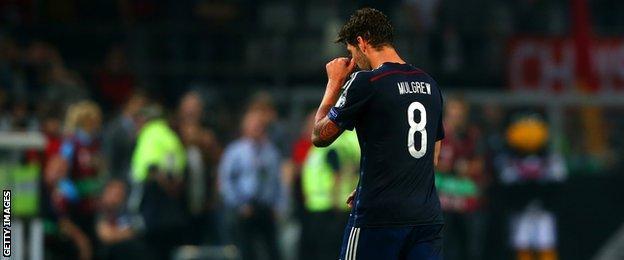 Scotland midfielder Charlie Mulgrew
