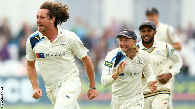 Ryan Sidebottom takes a wicket