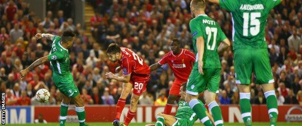 Adam Lallana misses a chance for Liverpool