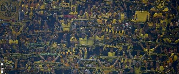 Borussia Dortmund fans during the Champions League group game with Arsenal
