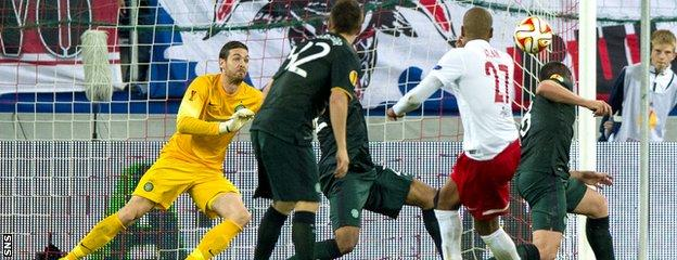 Celtic goalkeeper Craig Gordon denies Salzburg star Alan with another top save in the Red Bull Arena