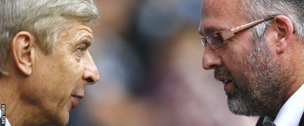 Arsenal manager Arsene Wenger (left) and Aston Villa counterpart Paul Lambert