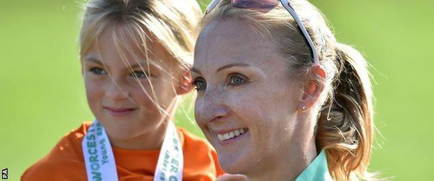 Paula Radcliffe and daughter Isla