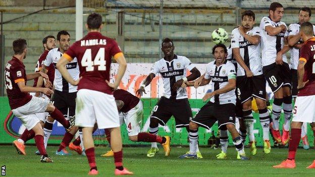 Roma beat Parma