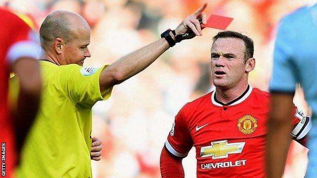 Manchester United striker Wayne rooney is sent off against West Ham
