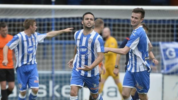 Neil McCafferty scored both goals as Coleraine beat Glenavon 2-1 to clinch their first home league win of the season