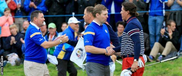 Stephen Gallacher and Phil Mickelson