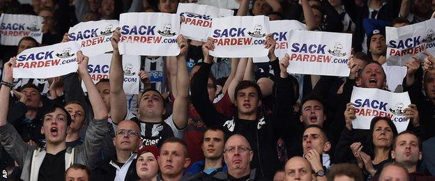 Some Newcastle United fans give their view on Magpies boss Alan Pardew